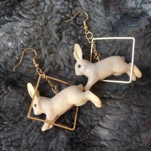 BESTSELLER🌟The Bunny Hop Earrings